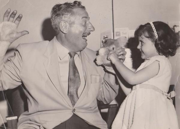 à 5 ans avec on Grand père, nous sommes en Australie .