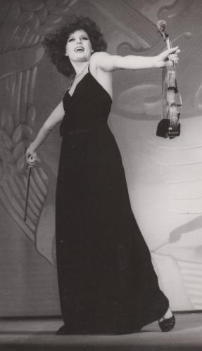 1977 Hansa Theâtre
